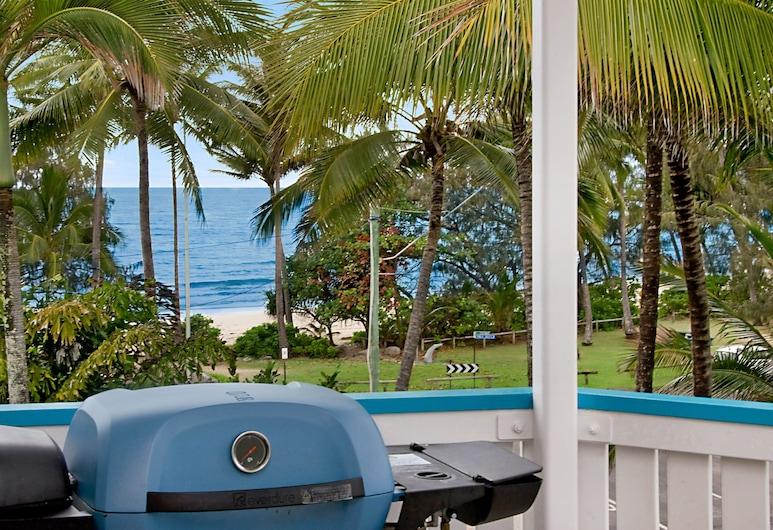 By The Sea Port Douglas, Port Douglas, Superior Studio Apartment with Superior Sea View, Room