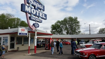 Motels In Seligman