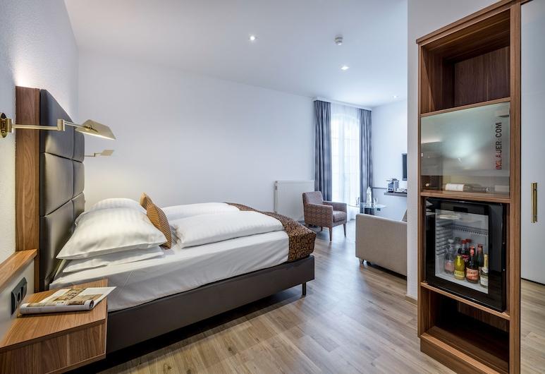 Hotel Imlauer Vienna, Βιέννη, Junior Σουίτα, 1 King Κρεβάτι με Καναπέ-Κρεβάτι, Δωμάτιο επισκεπτών