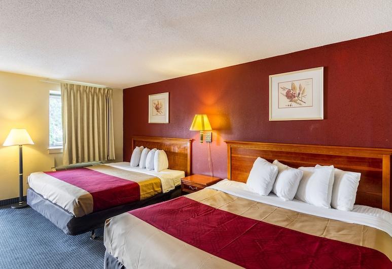 諾沃克紅地毯酒店, 諾沃克, 客房, 多張床, 吸煙房, 客房
