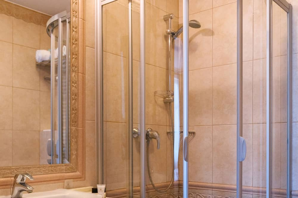 Business Double Room, 1 Katil Raja (King) - Bilik mandi