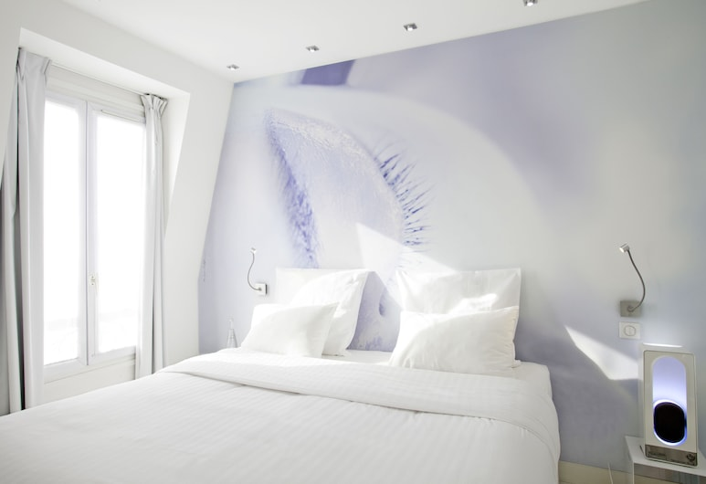 BLC Design Hotel, Paris, Deluxe Double Room, Guest Room