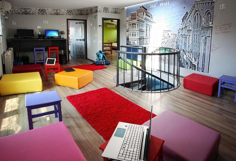 Hostel Bed & Coffee 360°, Belgrad