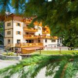 Viešbučio fasadas