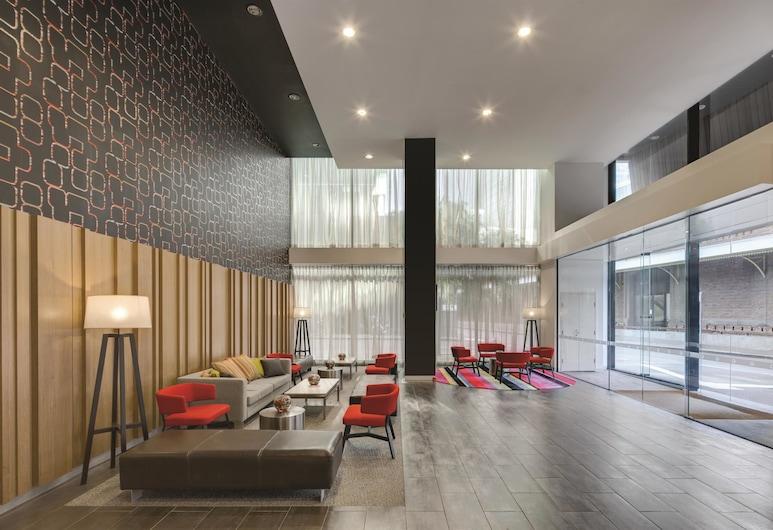 Travelodge Hotel Melbourne Docklands, Docklands, Lobby Sitting Area