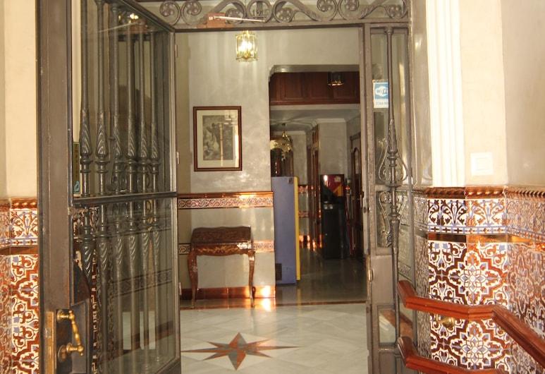 Hostal Roma, Sevilla, Sissepääs