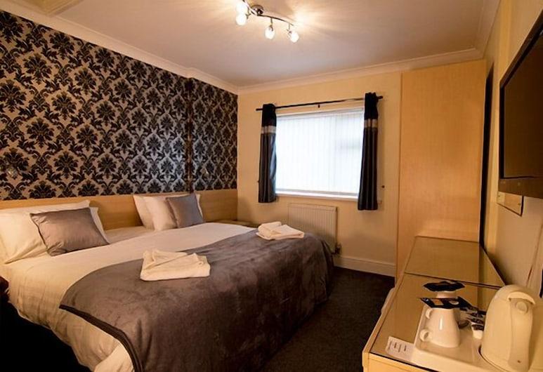 Charnwood Regency, Loughborough, Standard Double Room, Ensuite, Guest Room