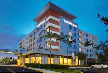 Book this In-room accessibility Hotel in Dania Beach
