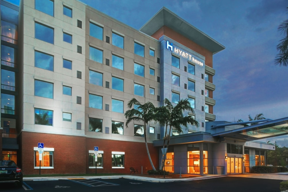 HYATT house Fort Lauderdale Airport & Cruise Port, Dania Beach