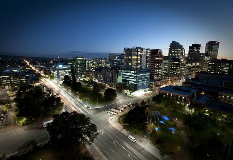 Pullman Adelaide, Adelaide, Deluxe Room, City View, Guest Room View