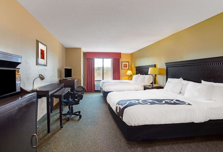 La Quinta Inn & Suites by Wyndham Richmond - Kings Dominion, Doswell, Room, Multiple Beds, Non Smoking, Guest Room