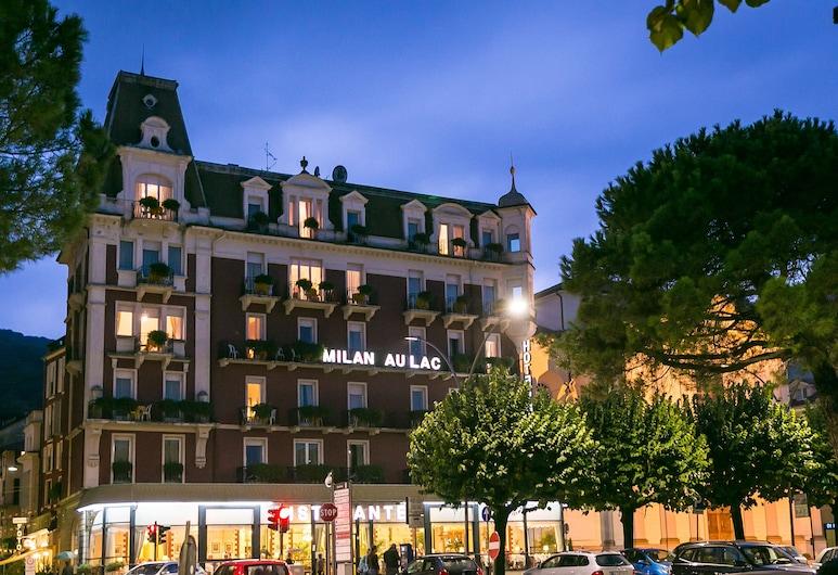 Hotel Milan Speranza Au Lac, Stresa, Fachada del hotel de noche