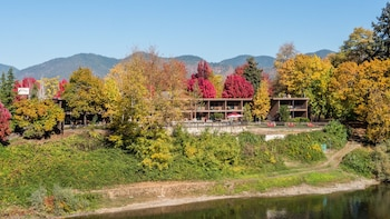 Fotografia do The Lodge at Riverside em Grants Pass