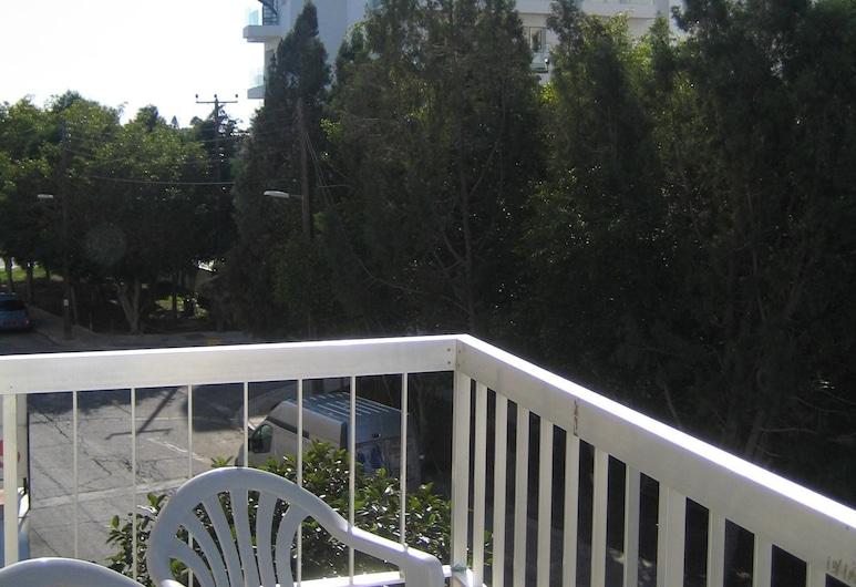 Onisillos Hotel, Larnaca, Single Room, City View, Balcony
