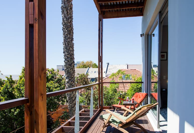 The One 8 Hotel, Cape Town, Superior Balcony en-suite rooms, Guest Room