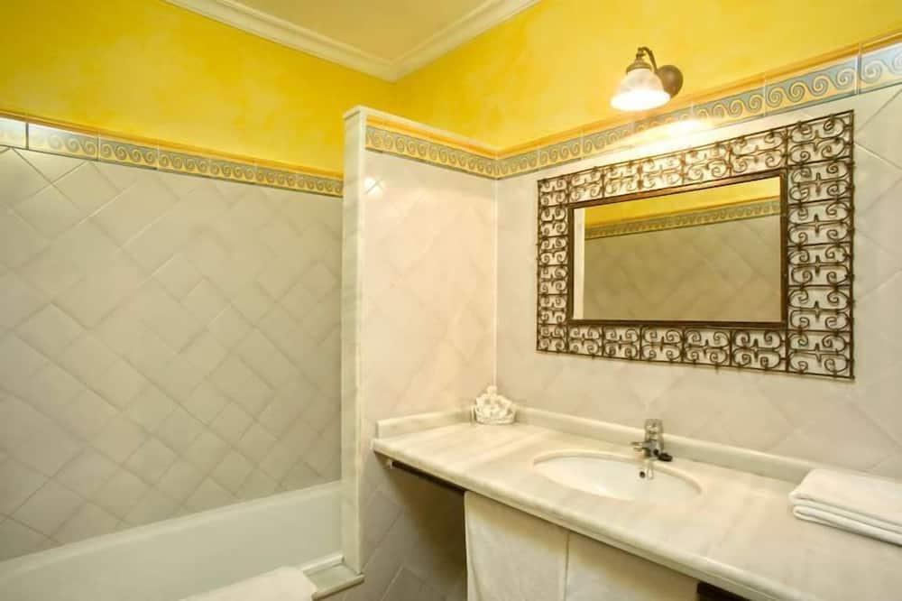 ห้องดับเบิลหรือทวิน (KiteSurf course Included) - ห้องน้ำ