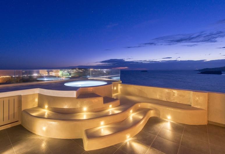 Caldera's Dolphin Suites, Santorini, Honeymoon Suite, Jetted Tub, Terrace/Patio