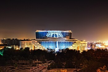 Picture of Holiday Villa Hotel And Residence City Centre Doha in Doha