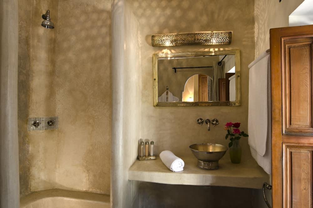 Huone (Bijou) - Kylpyhuone