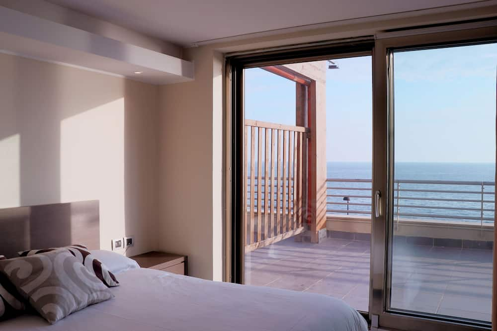 Deluxe Room, Sea View - Water view
