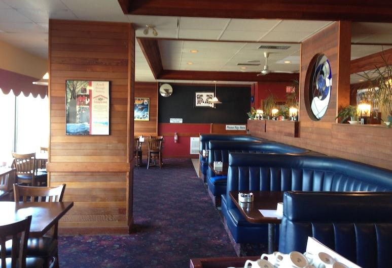 Moby Dick Inn, Prince Rupert, Restaurant