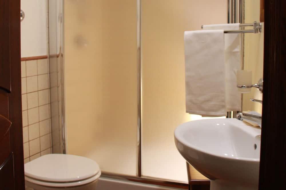 Standard Oda, 1 Tek Kişilik Yatak - Banyo