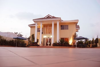 Picture of Oak Plaza Hotel East Legon in Accra