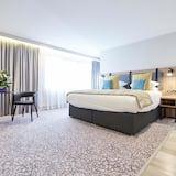 Privilege, Junior Room, 1 King Bed - Guest Room