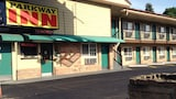 Choose this Motel in Eugene - Online Room Reservations