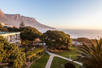 Picture of Ocean View House in Cape Town