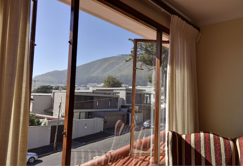 Sundown Manor Guest House, Cape Town, Deluxe Room, Guest Room View