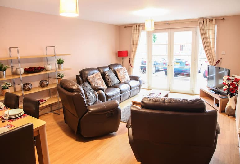 Edinburgh Playhouse Apartments, Edinburgh, Standard Apartment, 2 Bedrooms sleeping 2, Living Area