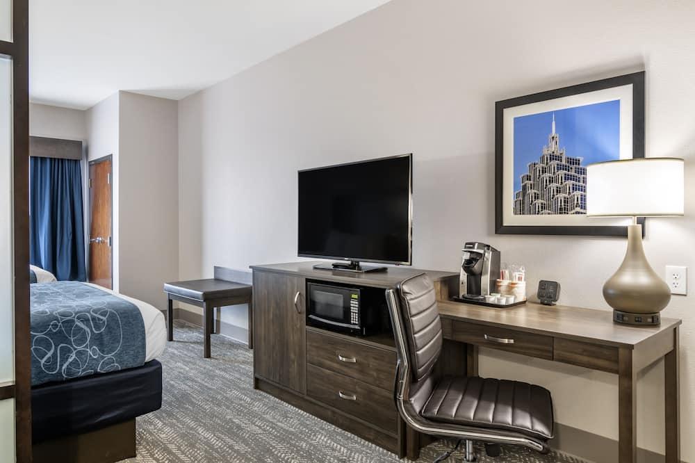 Suite, Mehrere Betten, Nichtraucher - Wohnbereich