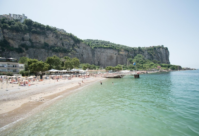 Le Ancore, Vico Equense, Playa