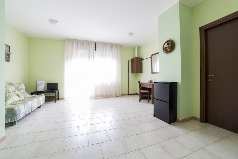 Quadruple Room - Ruang Tamu