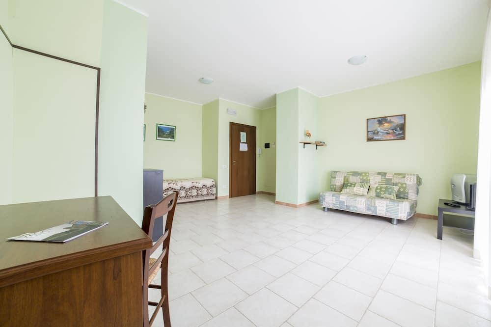 Quadruple Room - Bilik Rehat