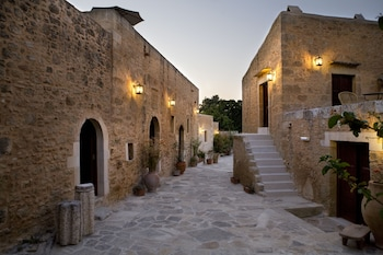 Picture of Kapsaliana Village Hotel in Rethymnon