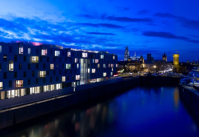 art'otel cologne, by Park Plaza, Colonia, Exterior
