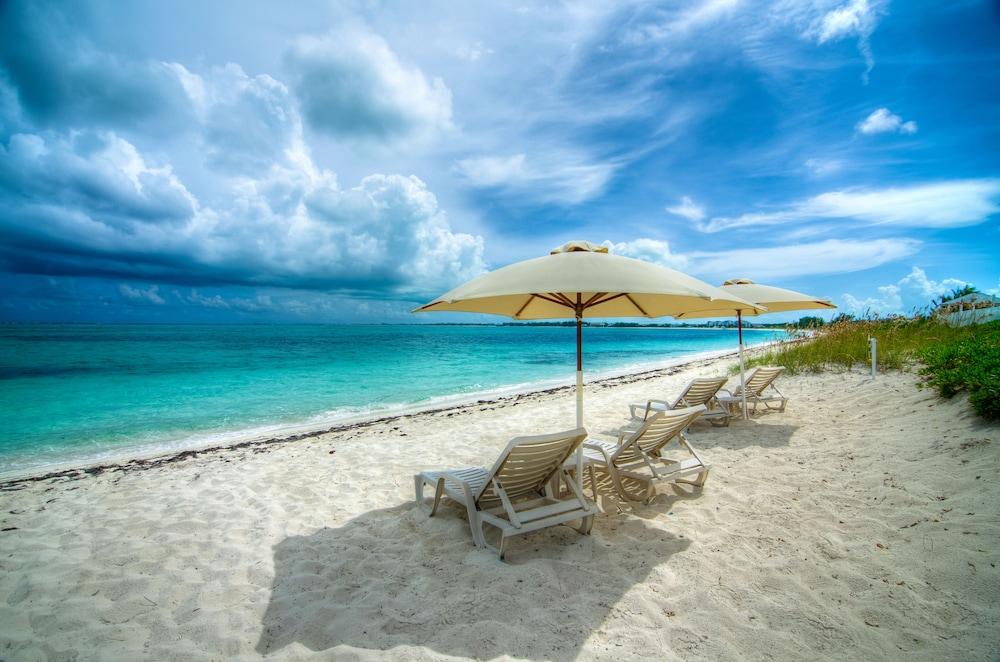 Atlantic Ocean Beach Villas Providenciales