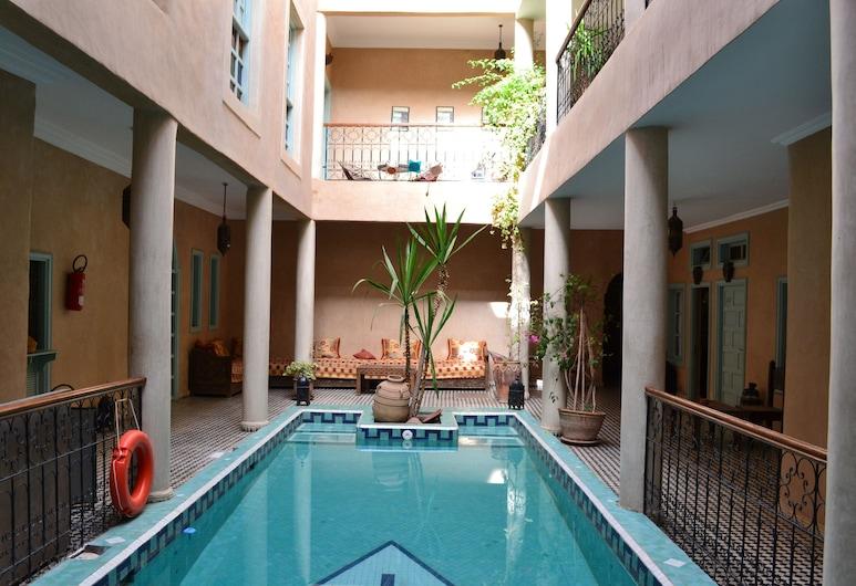 利亞德塔羅達特酒店, 塔魯母特, 泳池