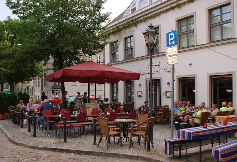 Altstadt Hotel, Potsdam, Dinerruimte buiten
