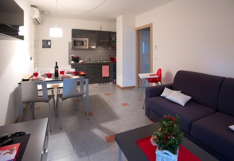 Aparthotel Lacroma, Grado, Living Room