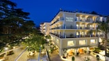 Choose This Romantic Hotel in Sorrento -  - Online Room Reservations