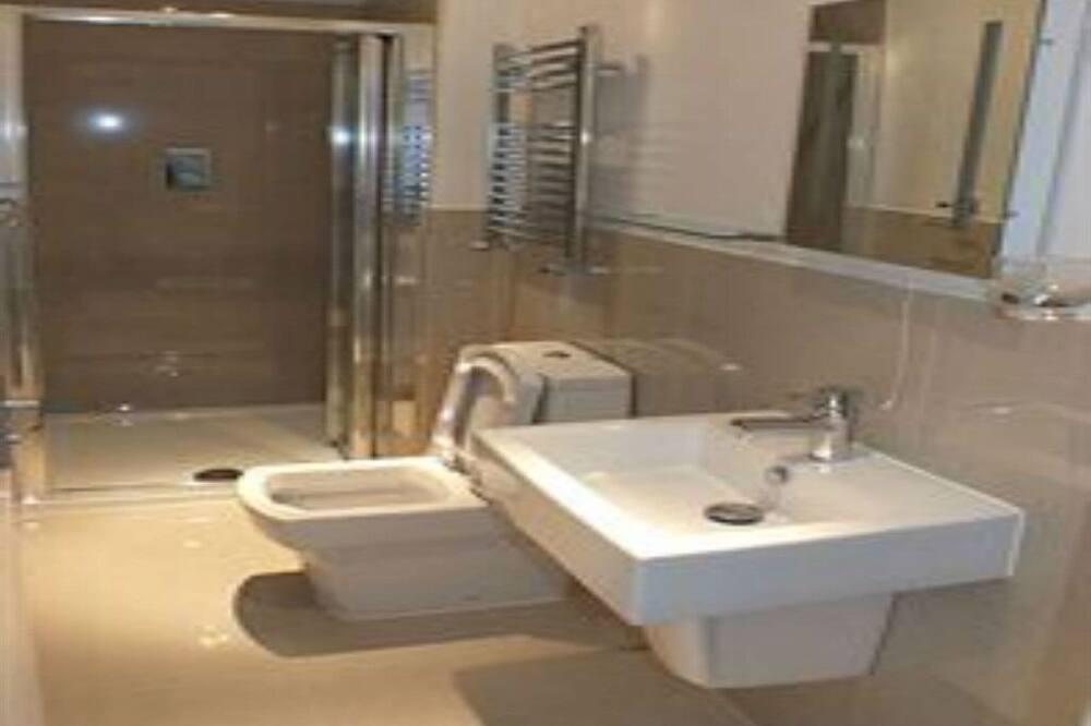 Superior-værelse til 4 personer - eget badeværelse - Badeværelse