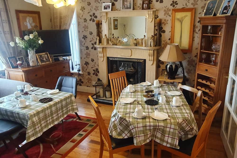 Standard-dobbeltværelse - Spisning på værelset