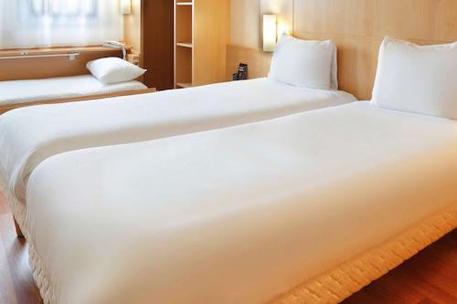 埃坦普宜必思飯店/