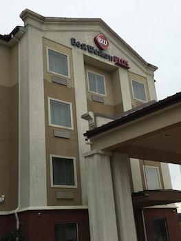 Picture of Best Western Plus Flowood Inn & Suites in Flowood