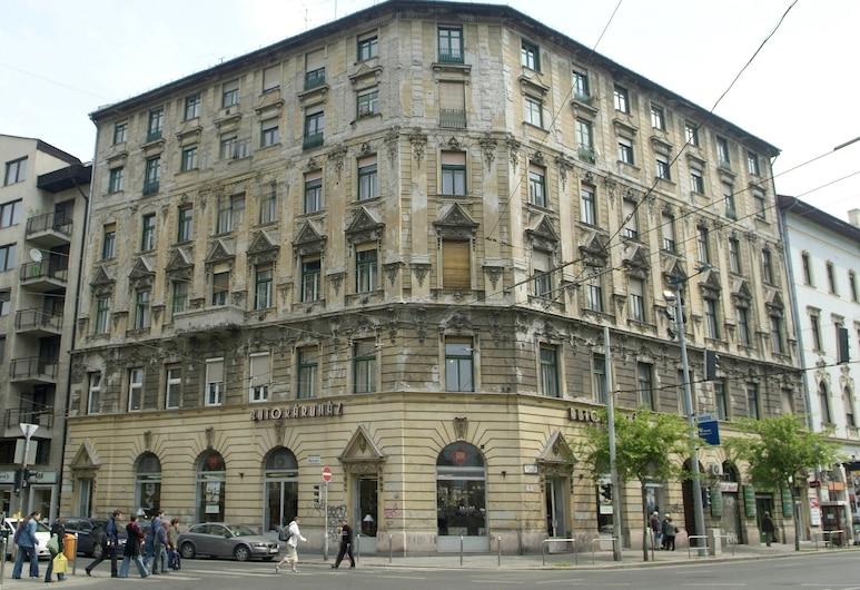 Design Apartments Budapest, Budapest, Inngangen til overnattingsstedet