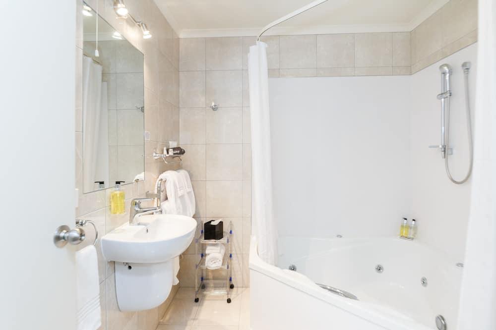 Διαμέρισμα, 1 Υπνοδωμάτιο, Τζακούζι (Upper Level) - Μπάνιο