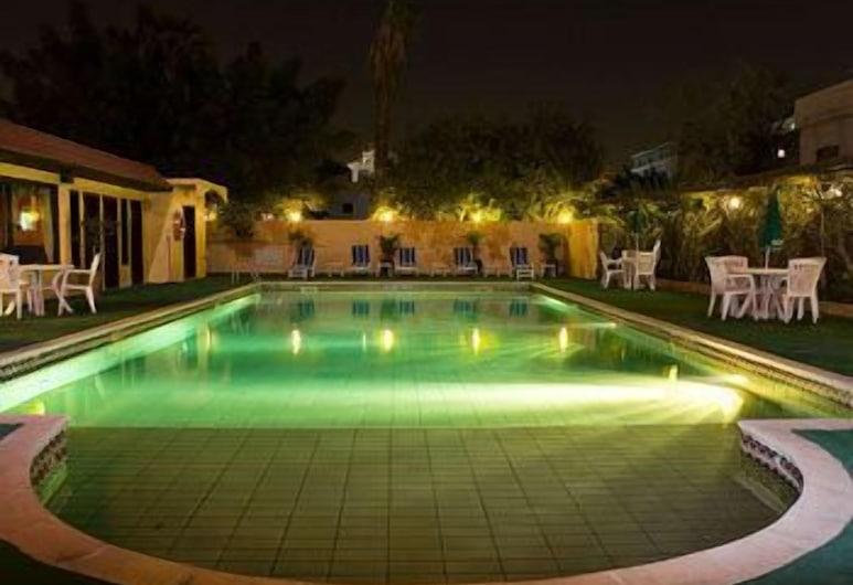 Mansouri Mansions Hotel, Manama, Outdoor Pool